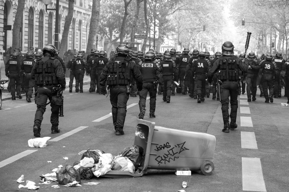 French riot police in the streets of Paris | © Christian Martischius