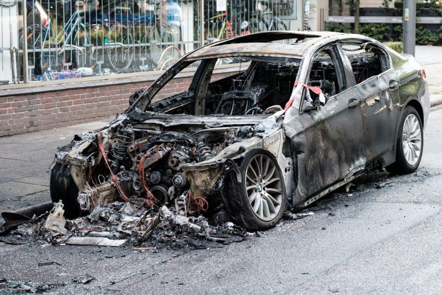 Burned-out car in Hamburg Altona